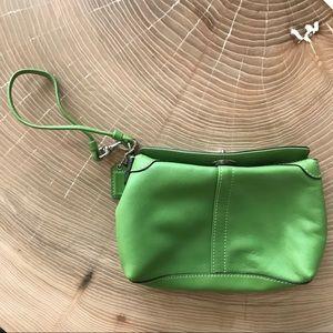COACH -Wristlet Green Leather